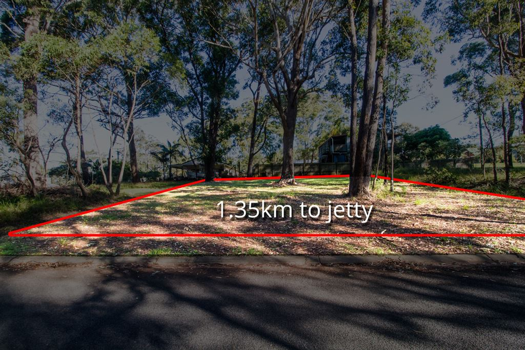 1.35 km to Jetty