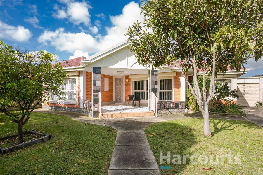 Stylist 4 bedroom home with  two livings and three bathroom