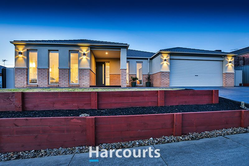 A Stunning Family Home - Cardinia Lakes