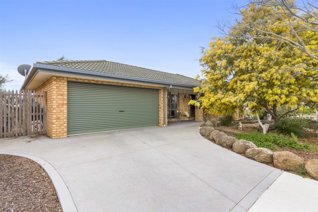 Your own outback on approx. 668m2!!