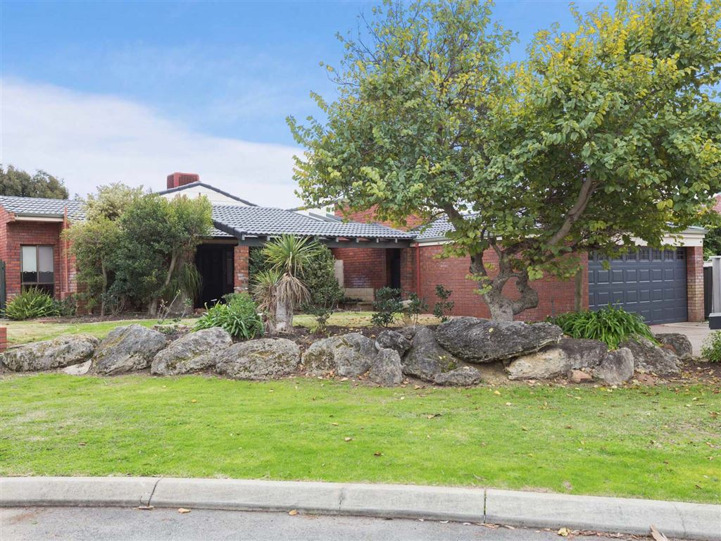 Family Home in Desirable Location