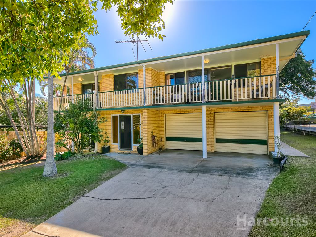 Dual Living Home on Large 856m2 Block