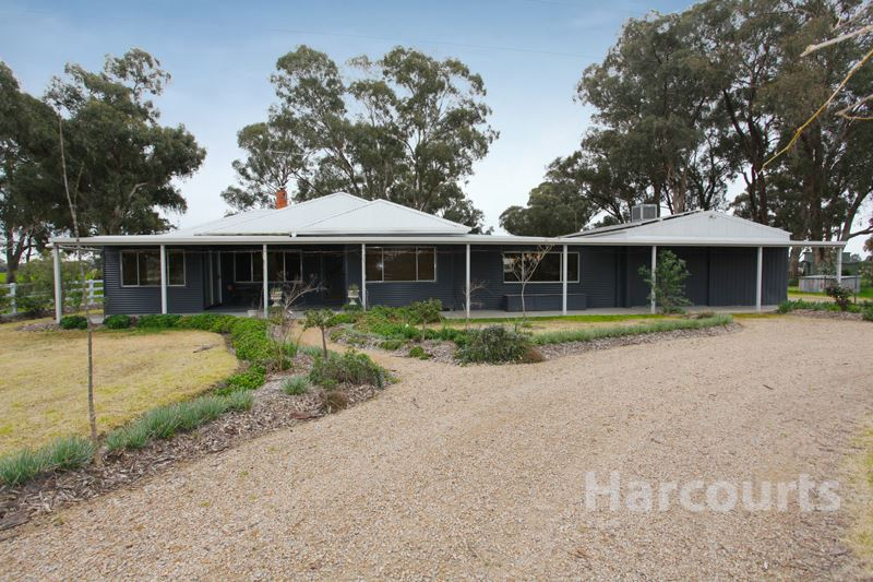 2 Ha Warby Aspect, edge of town, Shedding, Shade and Privacy