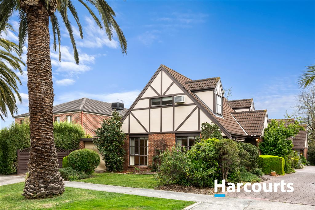 Superb Living, Lifestyle and Location