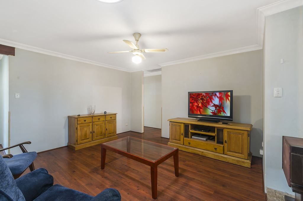 Main living towards hall to bedrooms