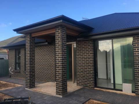 Three new court-yard homes underconstruction