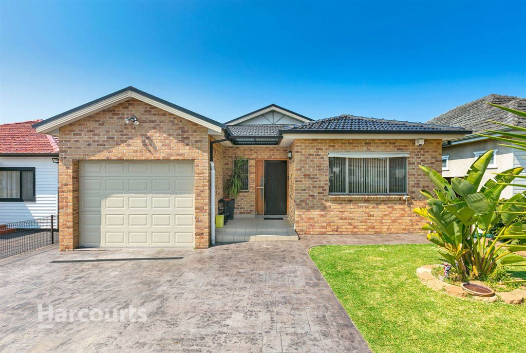 Four Bedroom Brick Home - Move Straight In