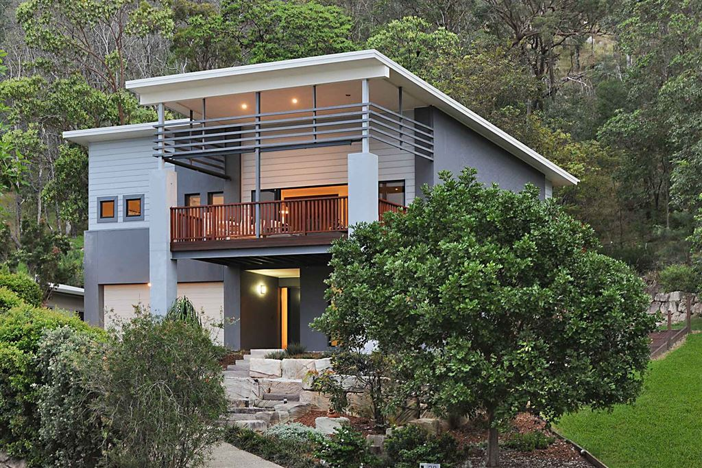 The Perfect Family Residence with Panoramic Views!