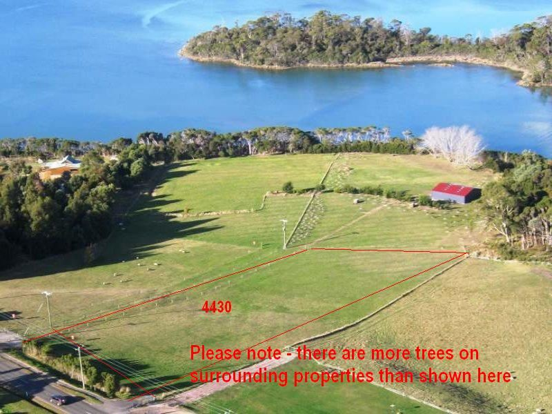 1.7ac Overlooking the River!