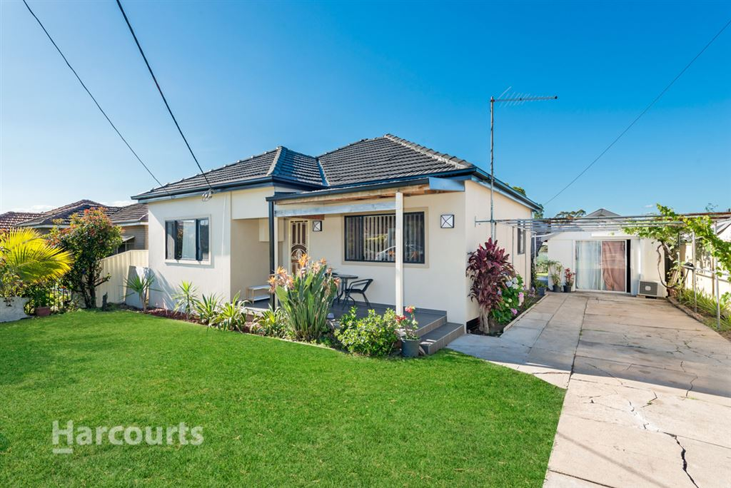 Family Home & Potential Granny Flat
