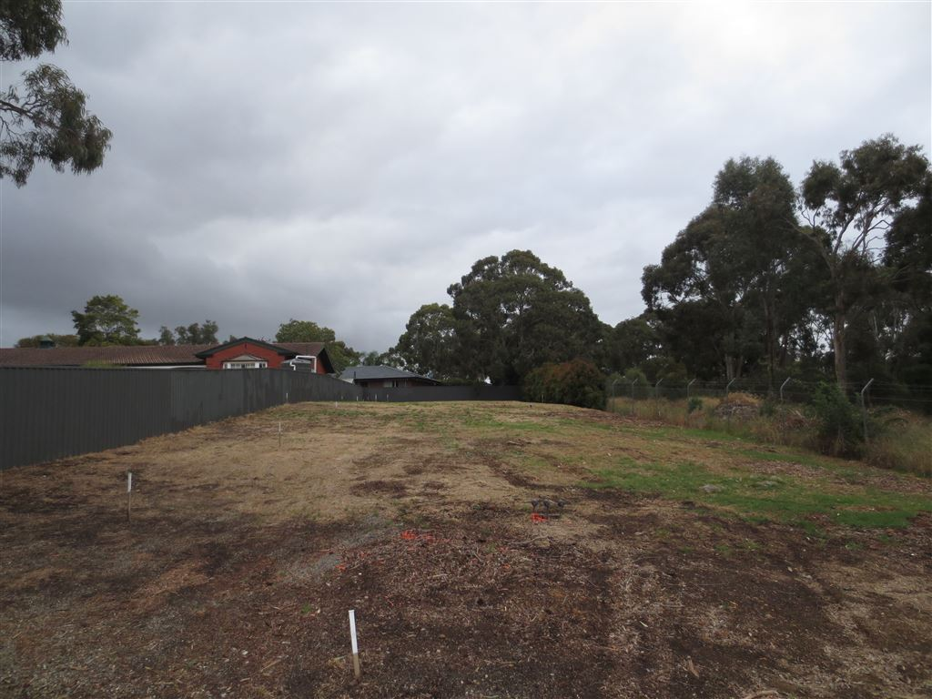 Residential Building Site - 3 Lots Overlooking Golf Course
