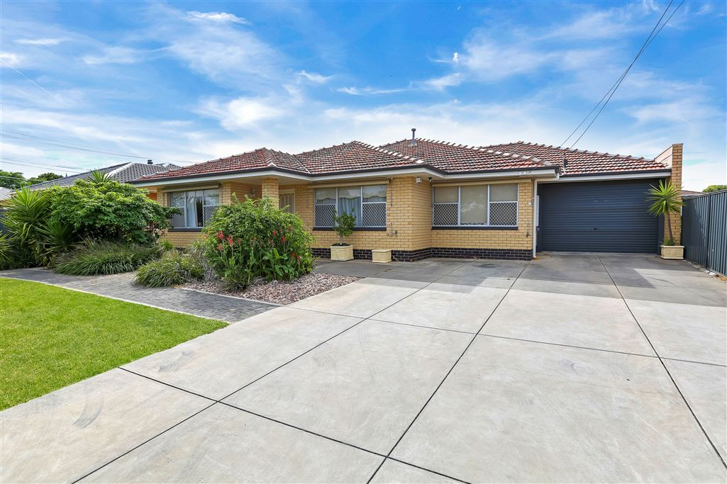 Solid large family home will impress !