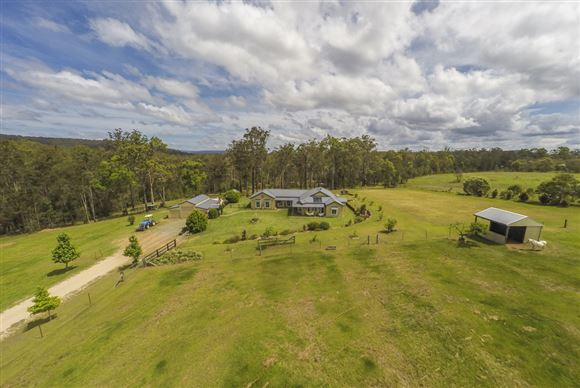 32 Acres - A Patch of Paradise - Myriad of Uses