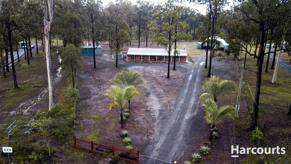3 Acres of Country Charm.
