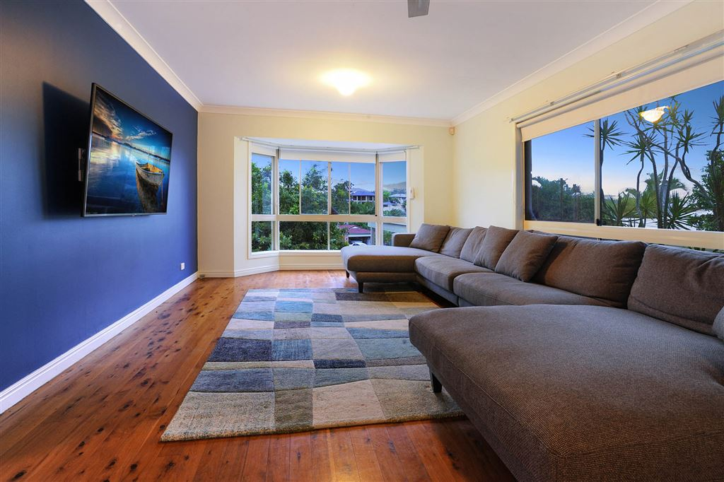 Expansive Family Home, Pool & Ready For Summer!
