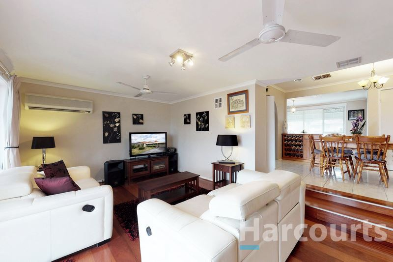 Rear Living - 51 Mawson Ave., Deer Park 3023