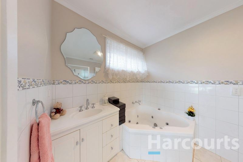 Bathroom - 51 Mawson Ave., Deer Park 3023