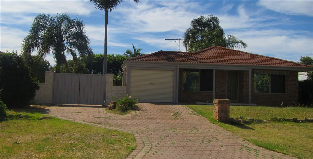 4 x 2 Home on large 680m2 block