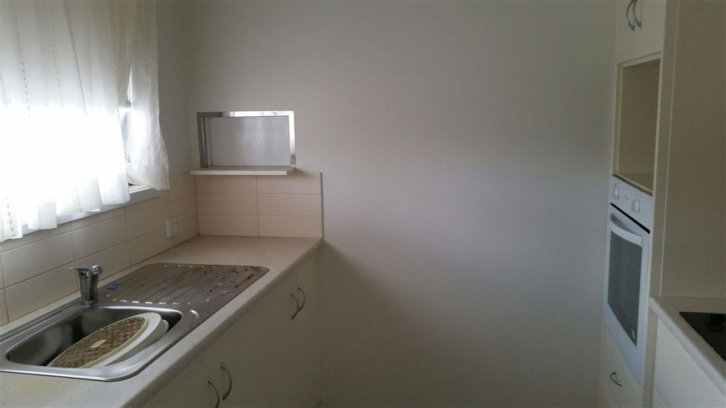 Unit 6 - Kitchen area