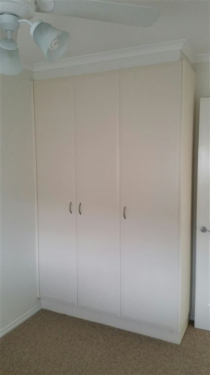 Unit 6 - Bedroom wardrobe