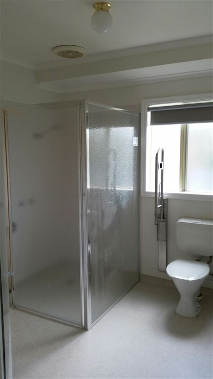 Unit 26 - Bathroom