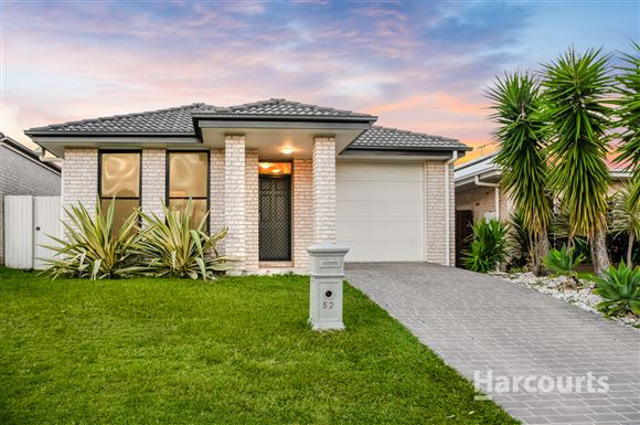 Immaculately presented Hallmark home!!