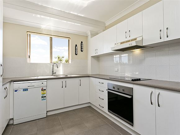 Renovated, private and convenient unit