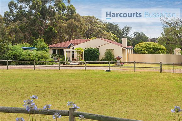 Beautiful Rural Lifestyle Close to Town