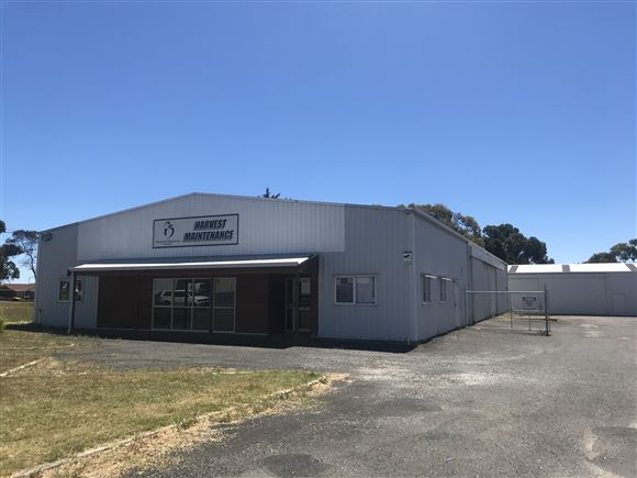 Large Multiple Warehouse Investment