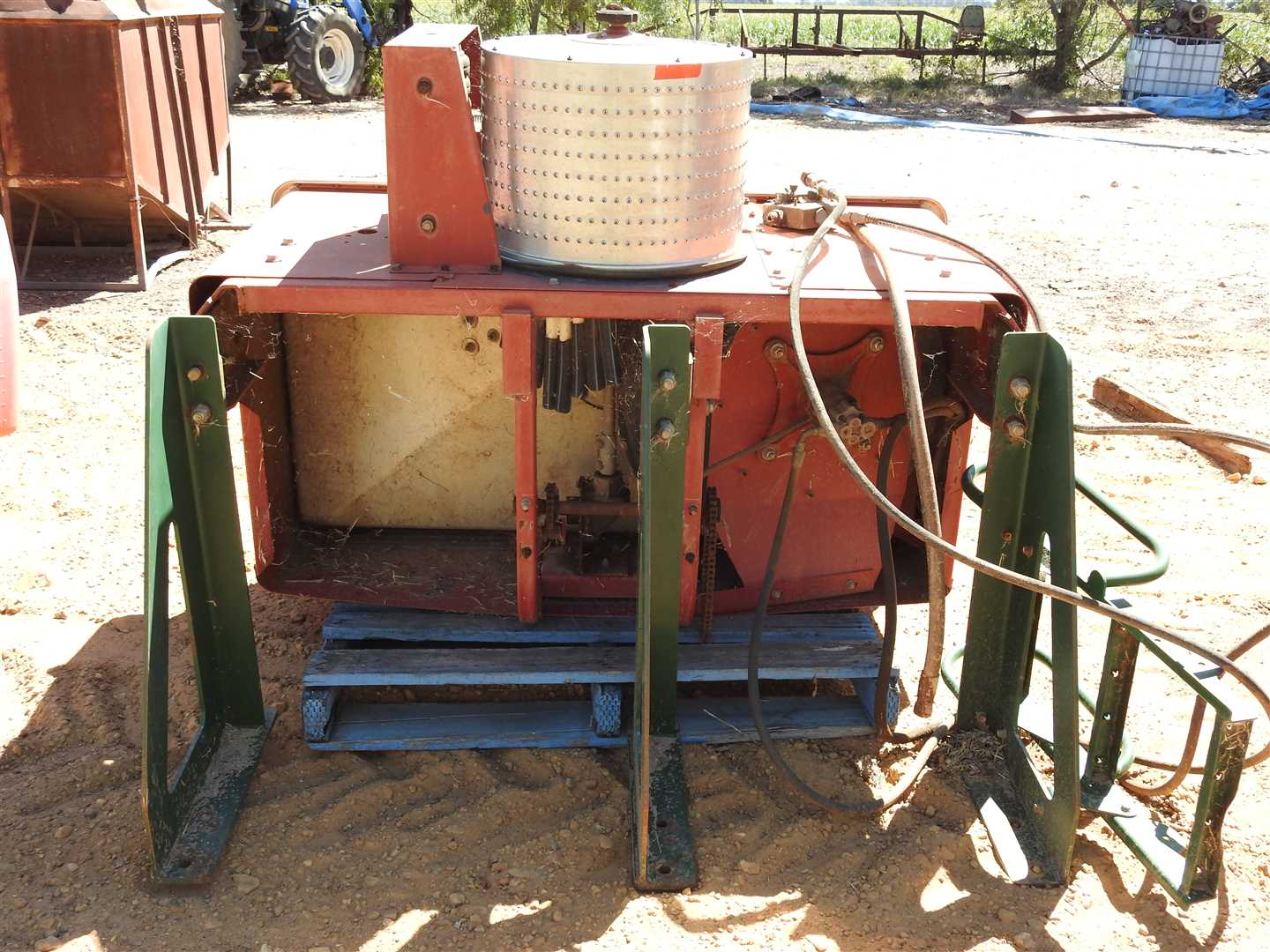 IH Cyclo planter unit- one of two