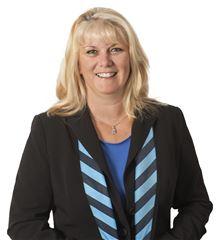 Stella McLean