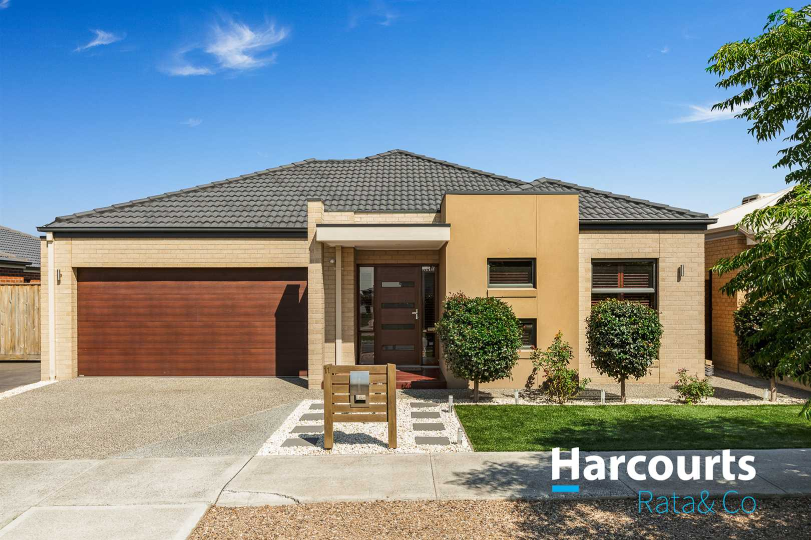 Display Home Quallity in Boutique Greenvale Gardens