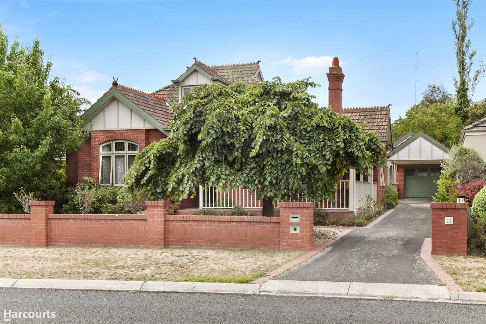 Character & Elegance Only Minutes Away From Sturt Street