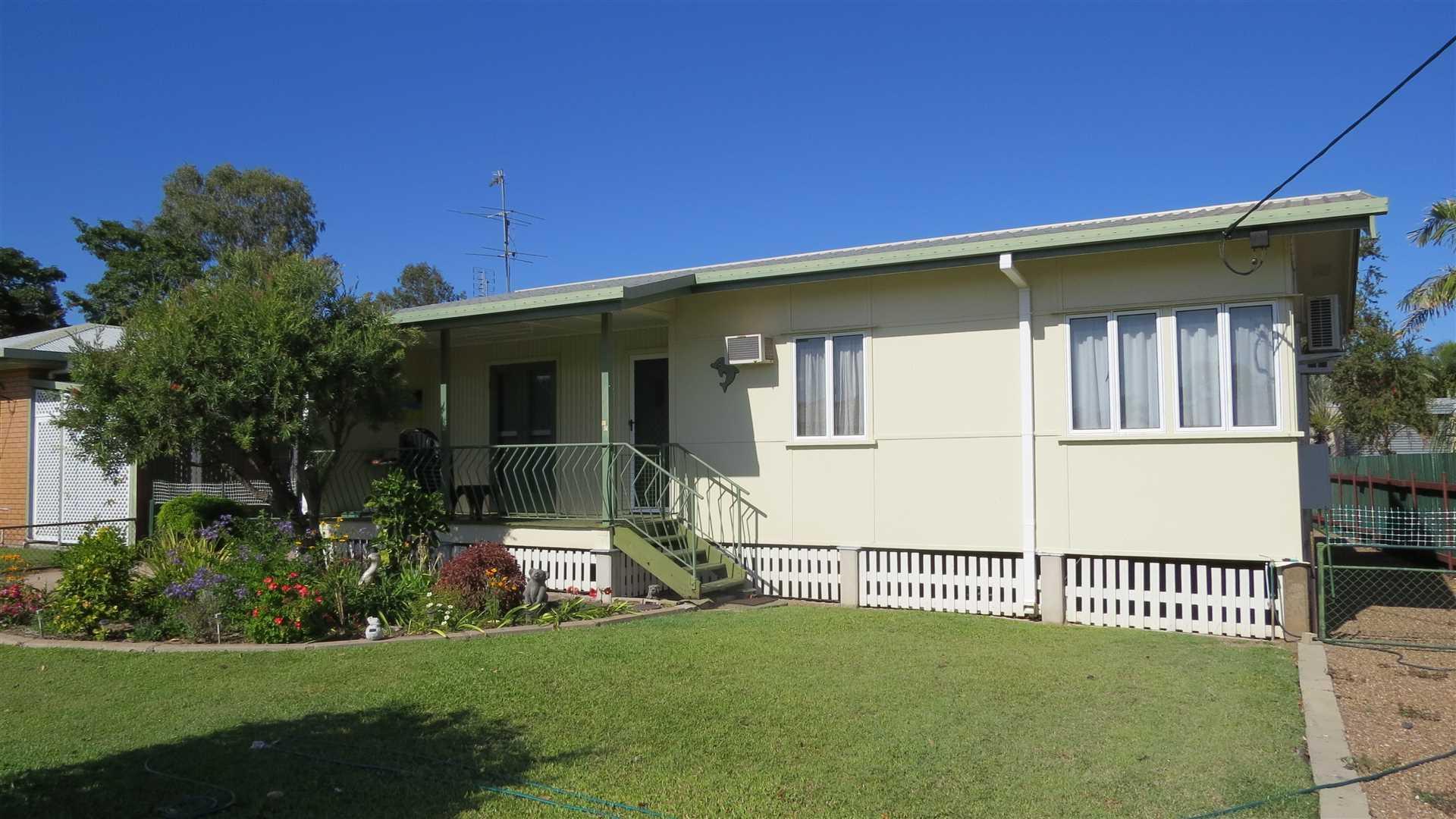 East Ayr Family Residence