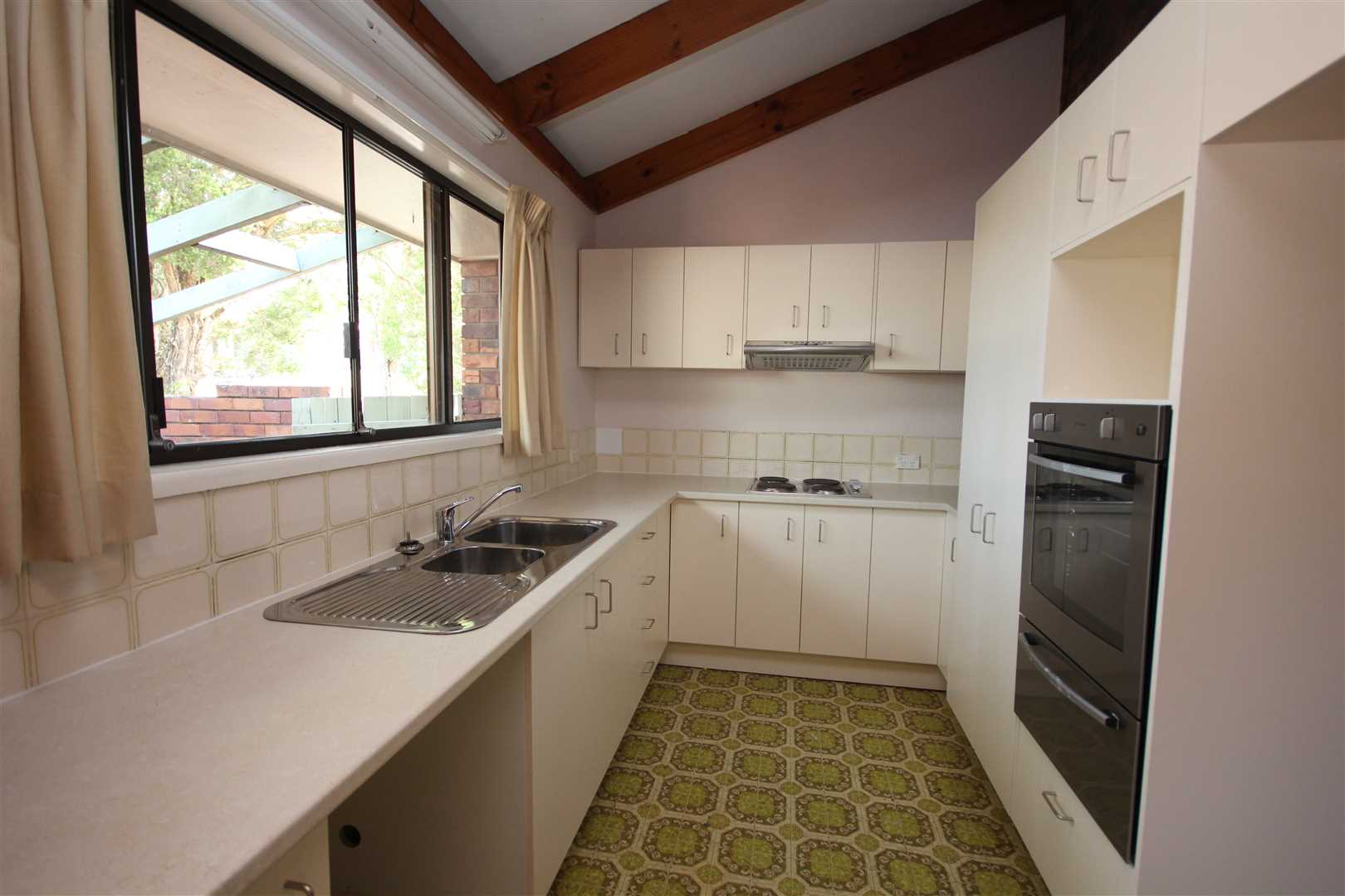 Family Home in Belmont Available