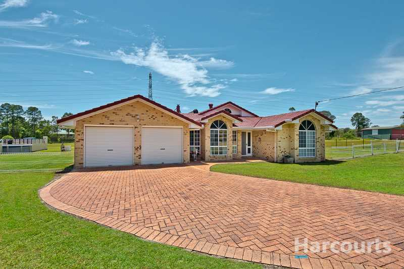 2 Acres !  Extended Family Living ! Large 2 Bed Granny Flat