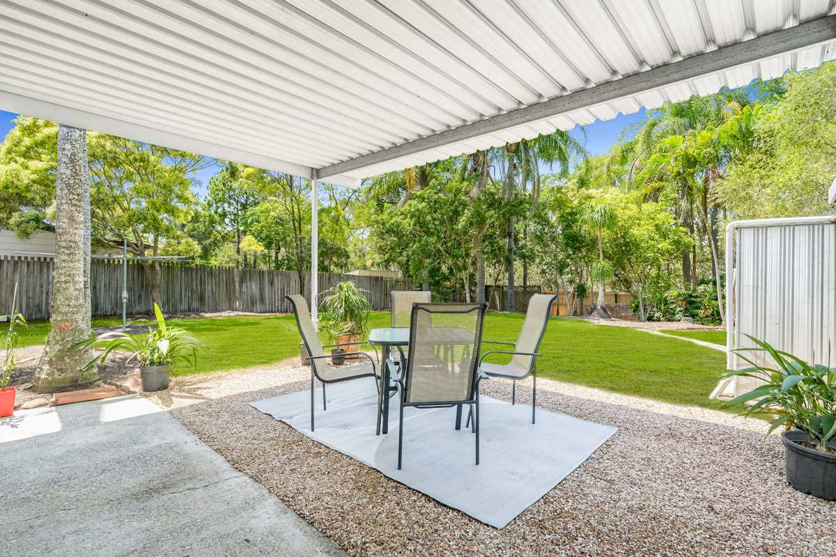 Charming Low Maintenance Home with Side Access
