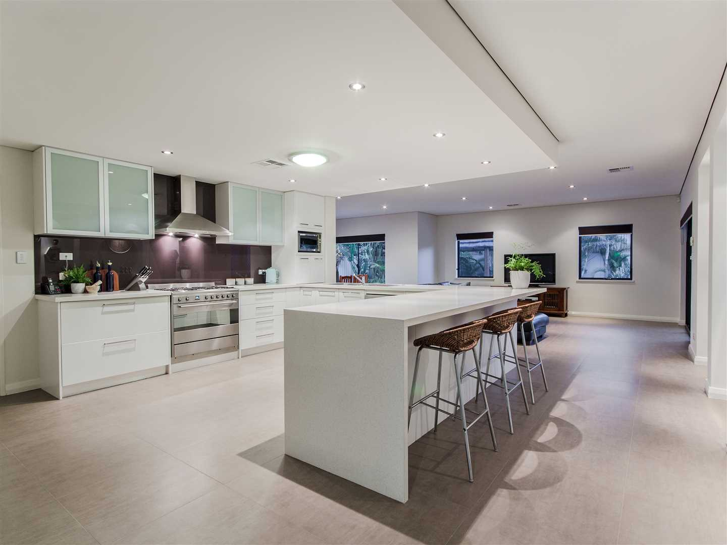 Kitchen and Living