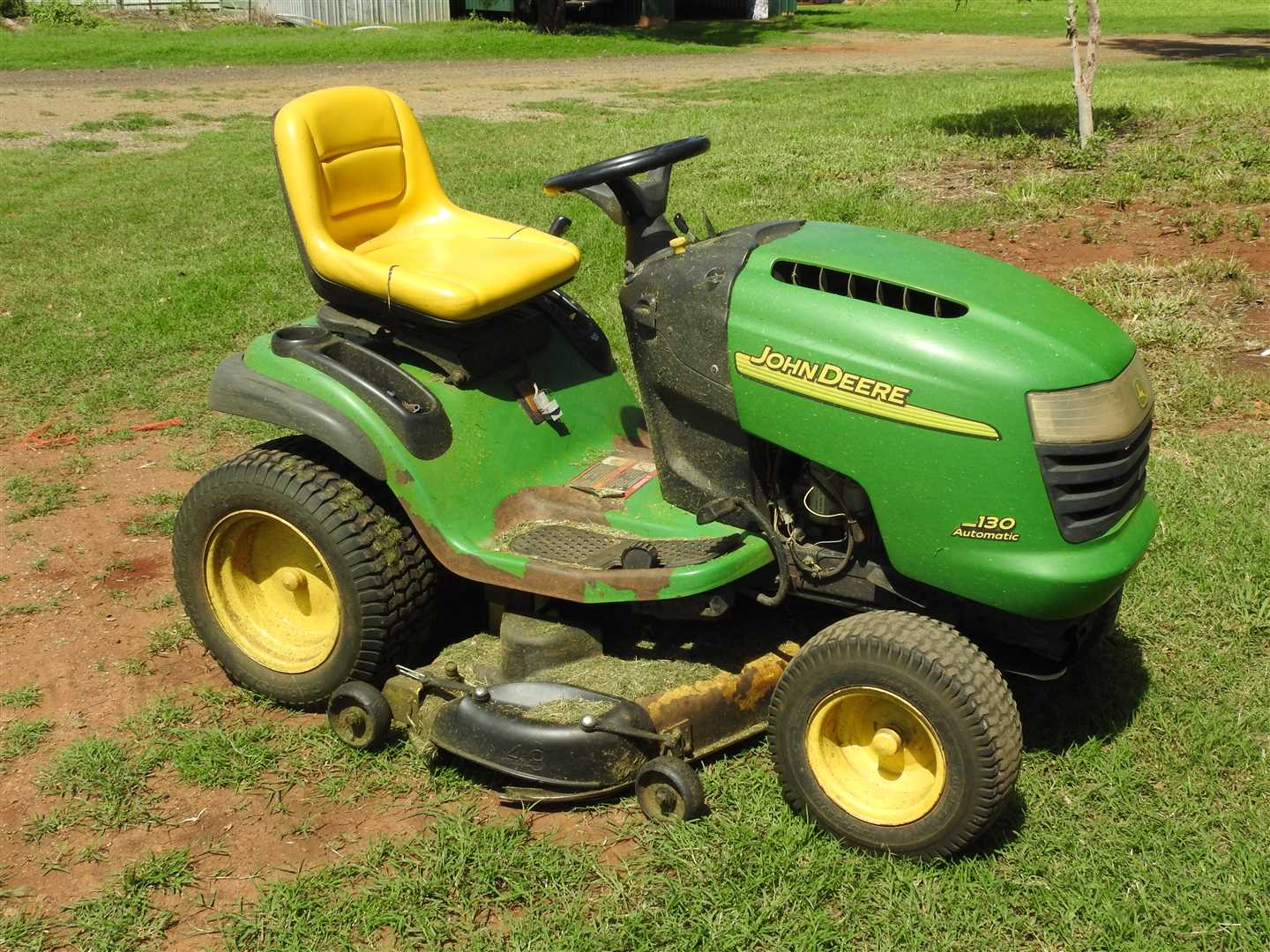 JD  130 Ride on mower- 48