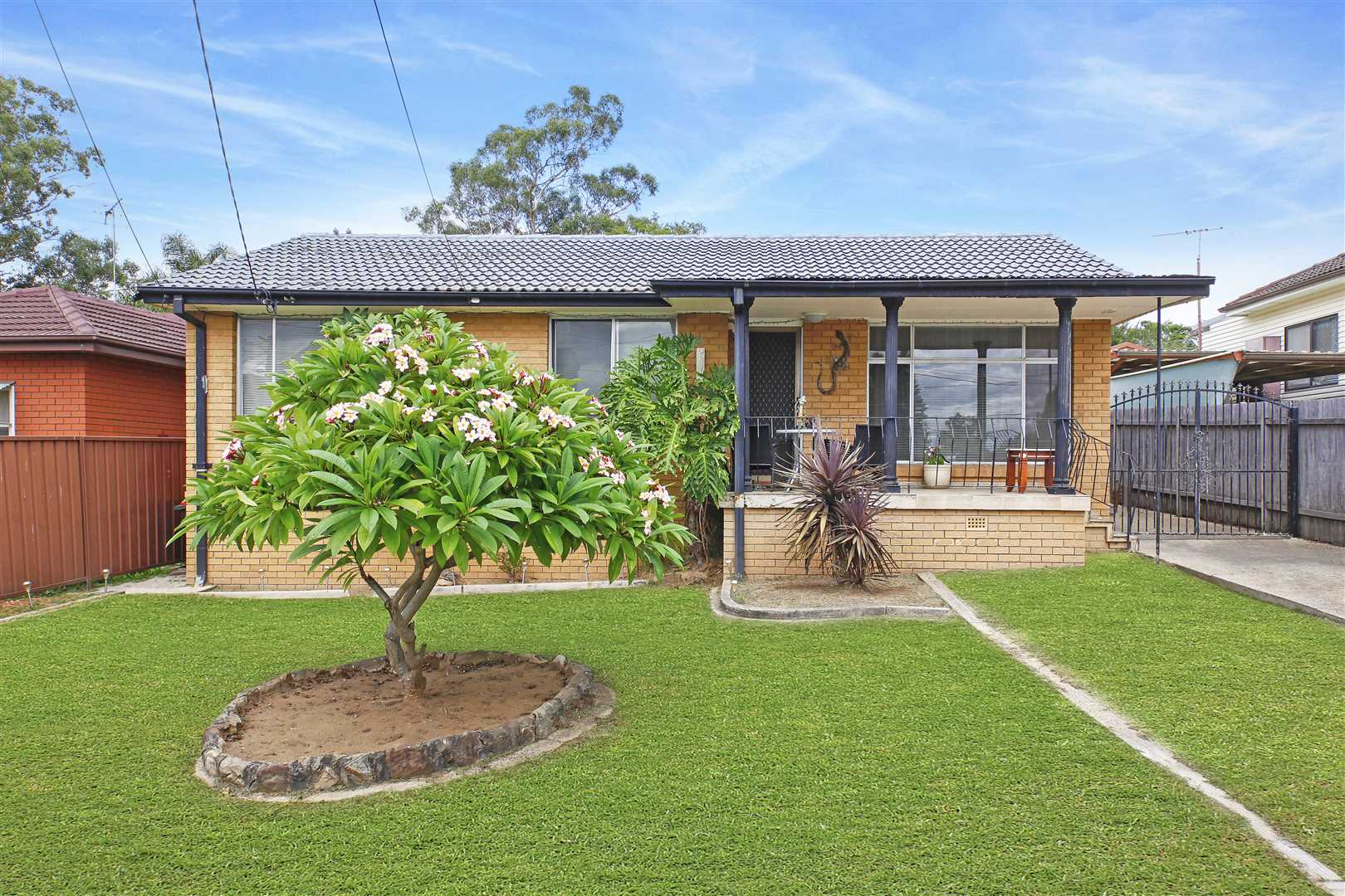 Large 651sqm Block - Must Be Sold!