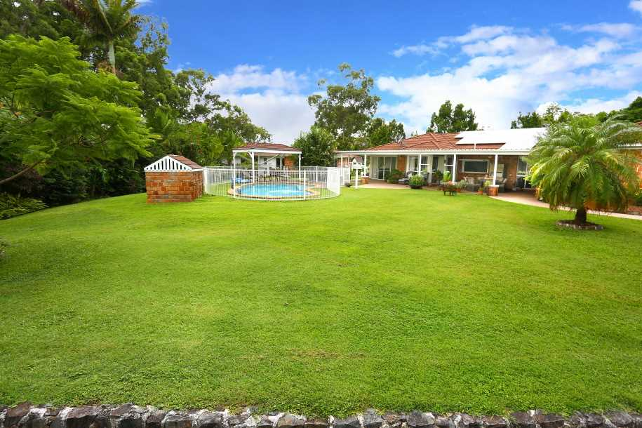 2 Large Houses. 3 Beautiful Acres. Absolute Privacy.
