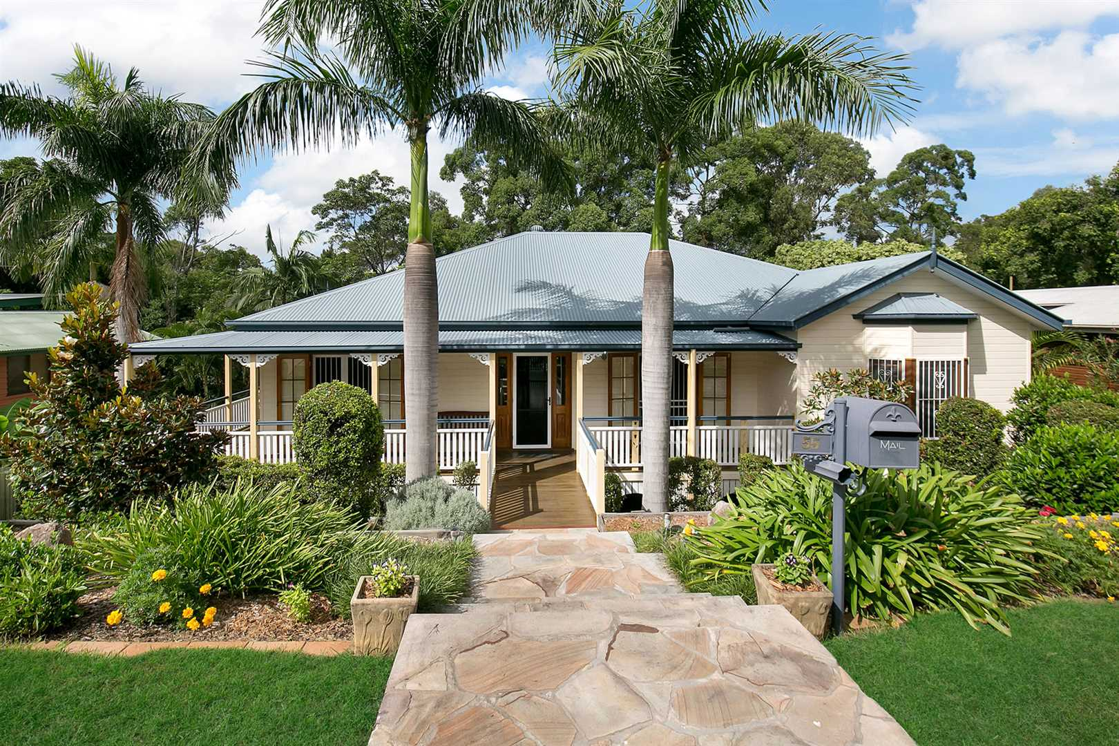 Finest Home in the Fernlands Estate