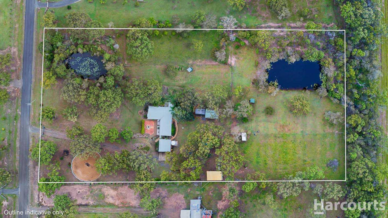 Big Family Home Set On 5 Acres