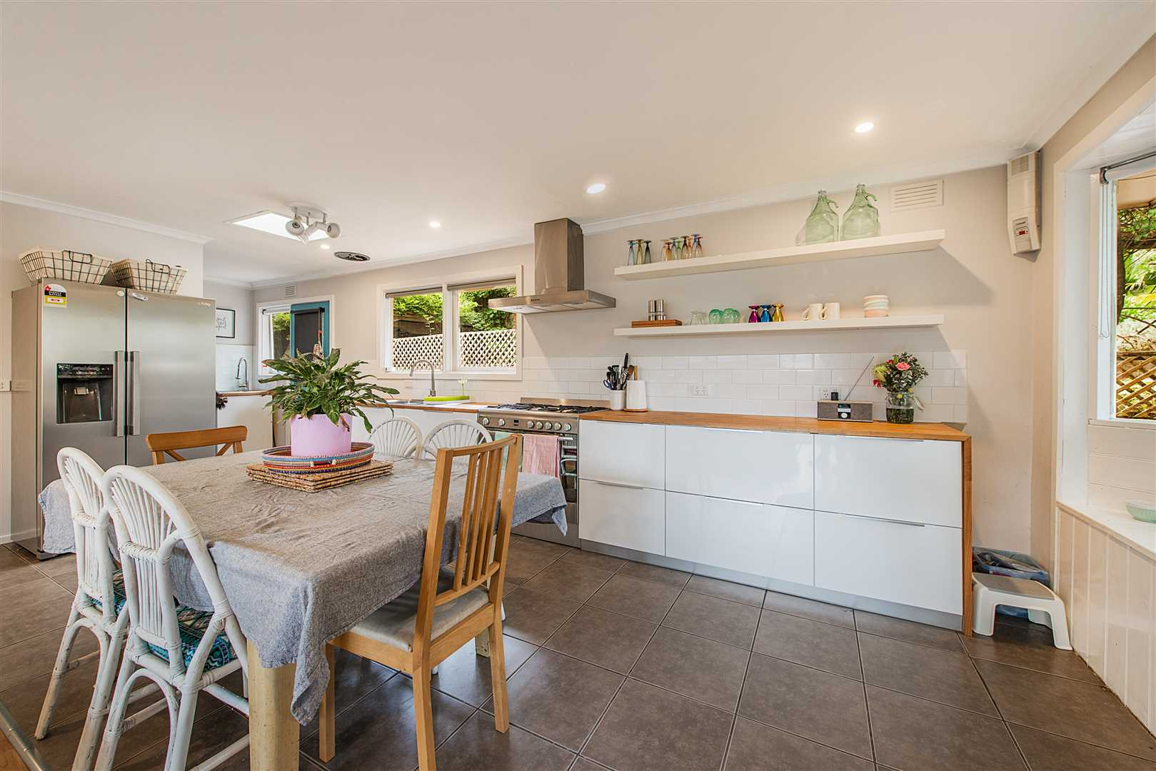 **Auction This Saturday** - Spectacular Family Haven.