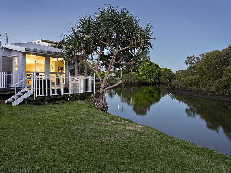 Unique family home on the fringe of Nudgee Creek