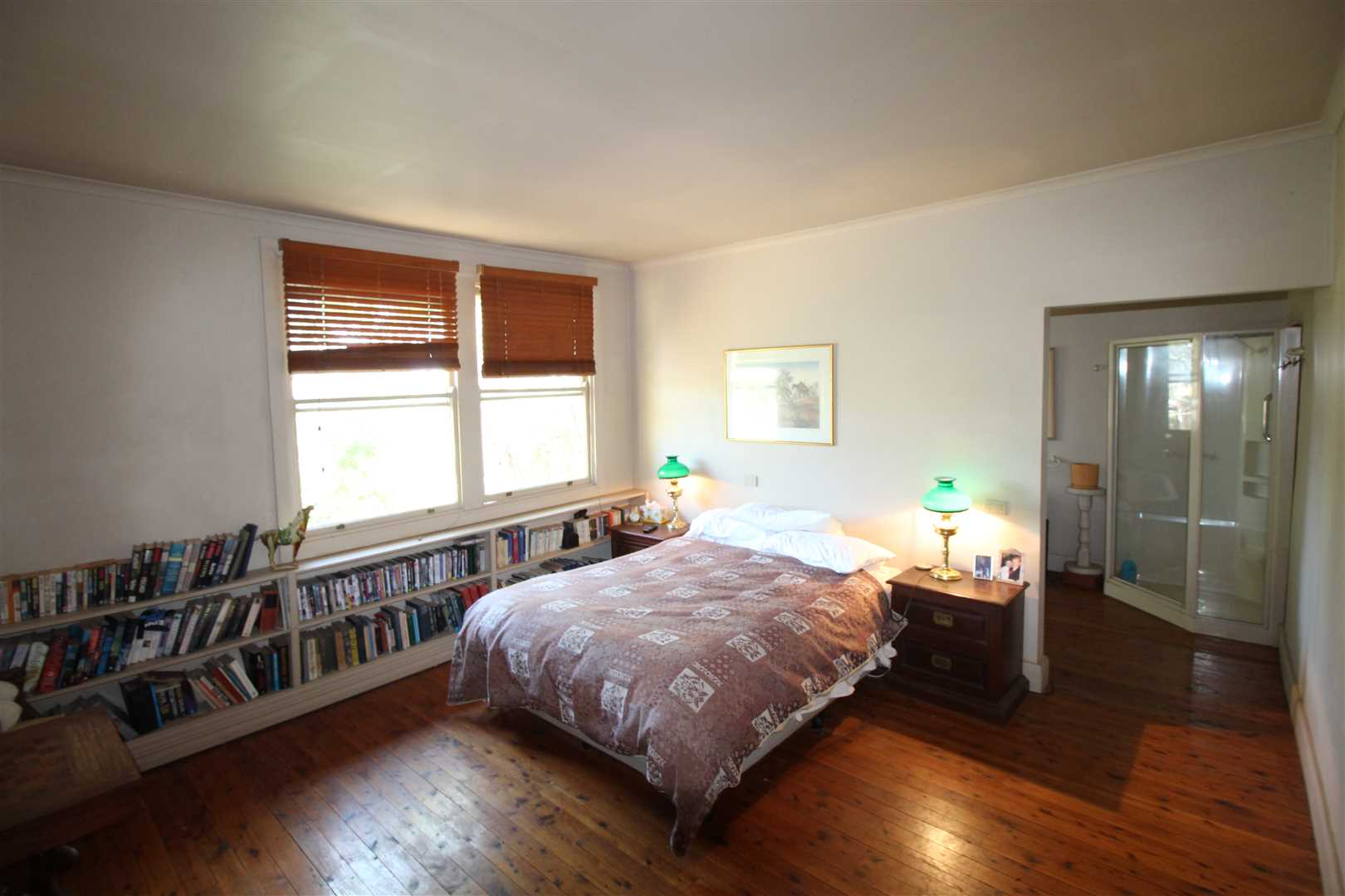 Master Bedroom with ensuite and walk in robe