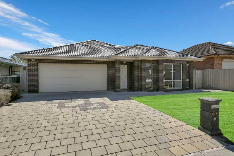 Stunning 2010 built Stirling Family Home sitting on 720sqm