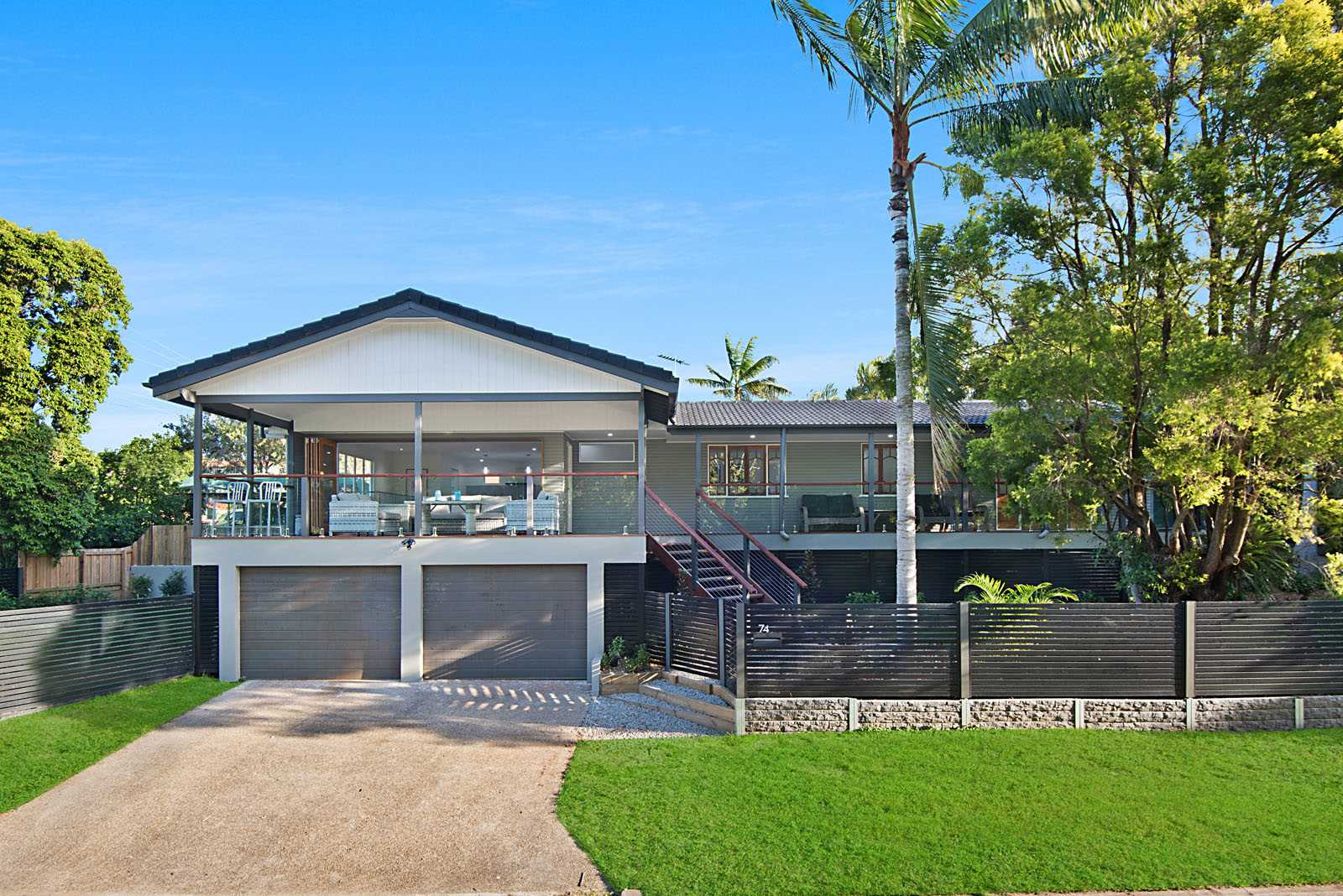 Executive Family Home Overlooking Parkland