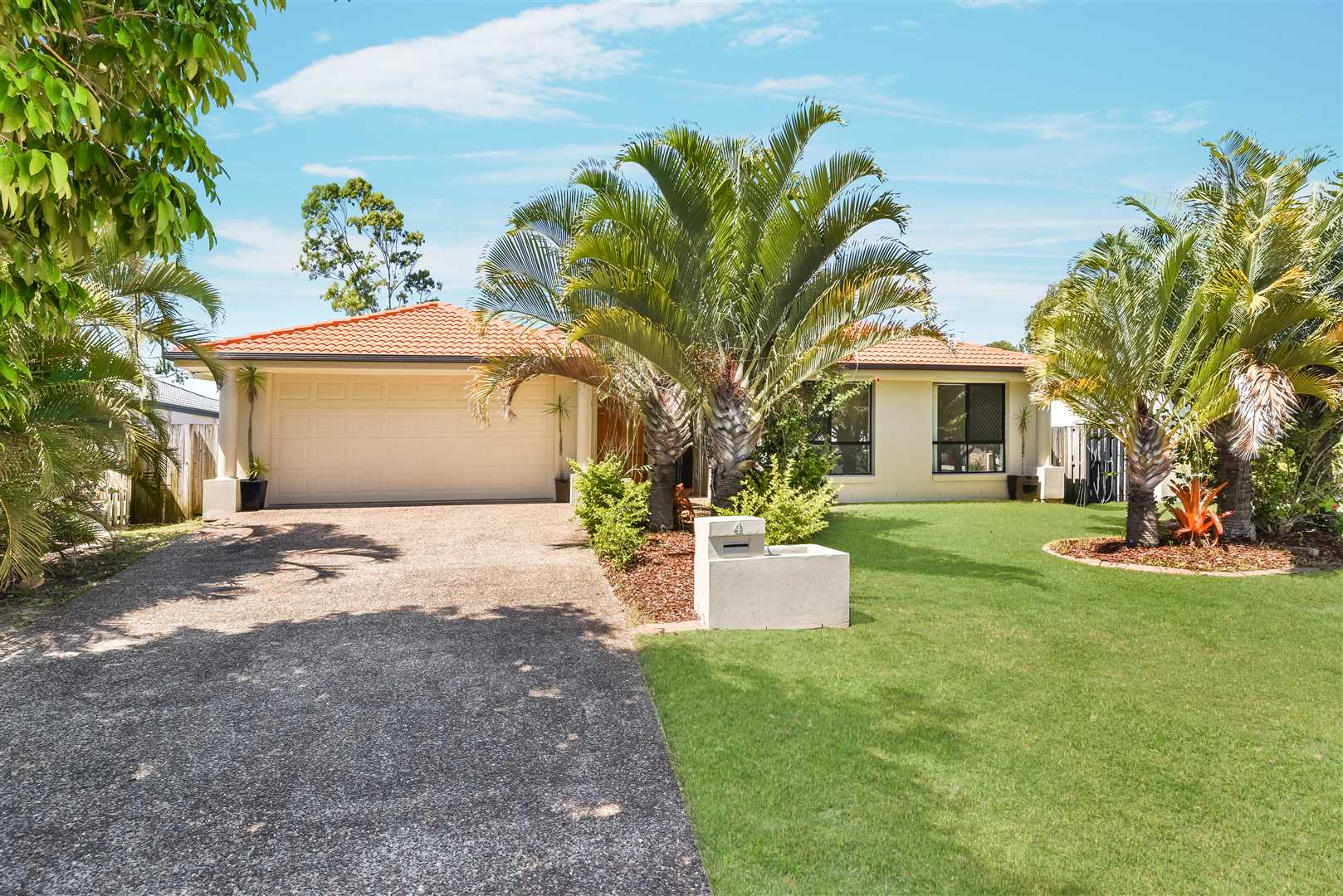 Perfect Entry Level Pelican Waters Buying