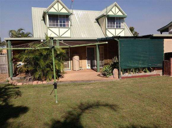 Lovely Cottage - Urangan